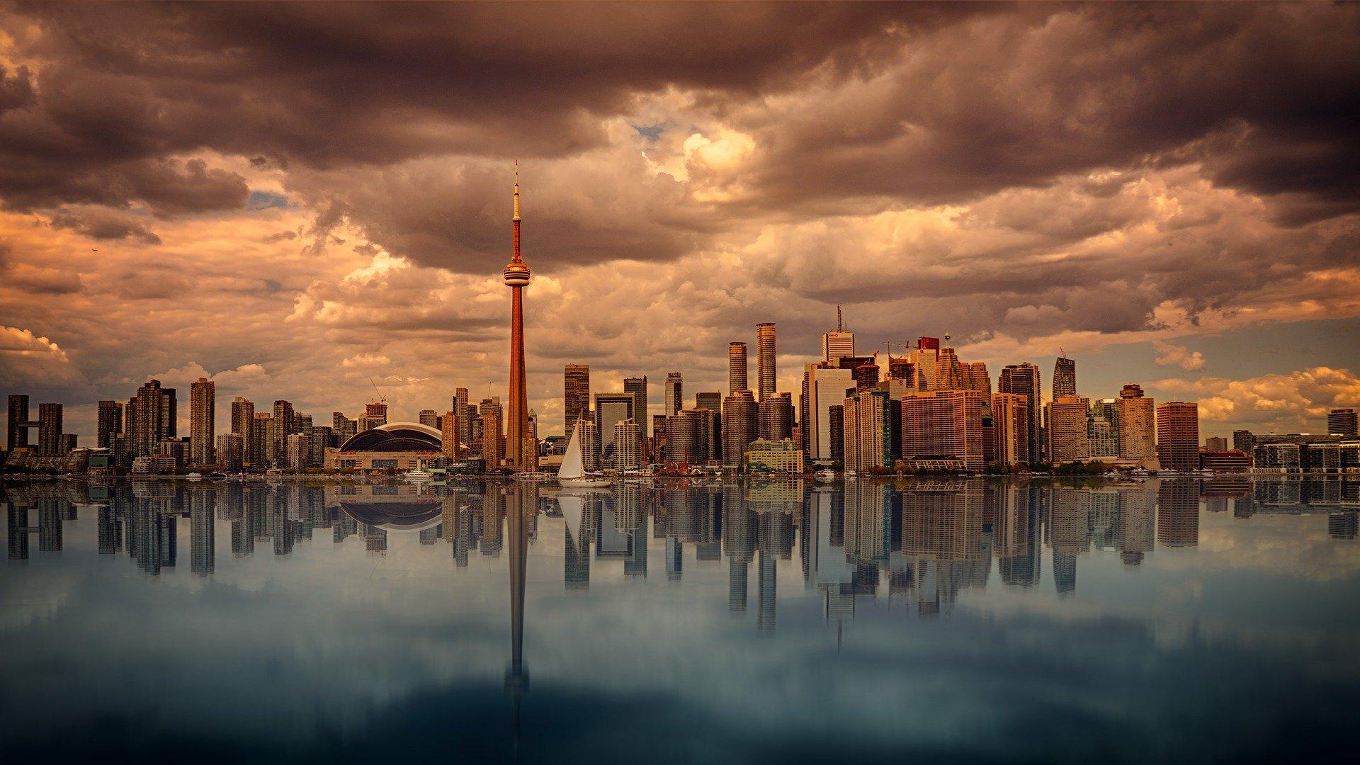 OVERHEIDSOPDRACHTEN IN CANADA